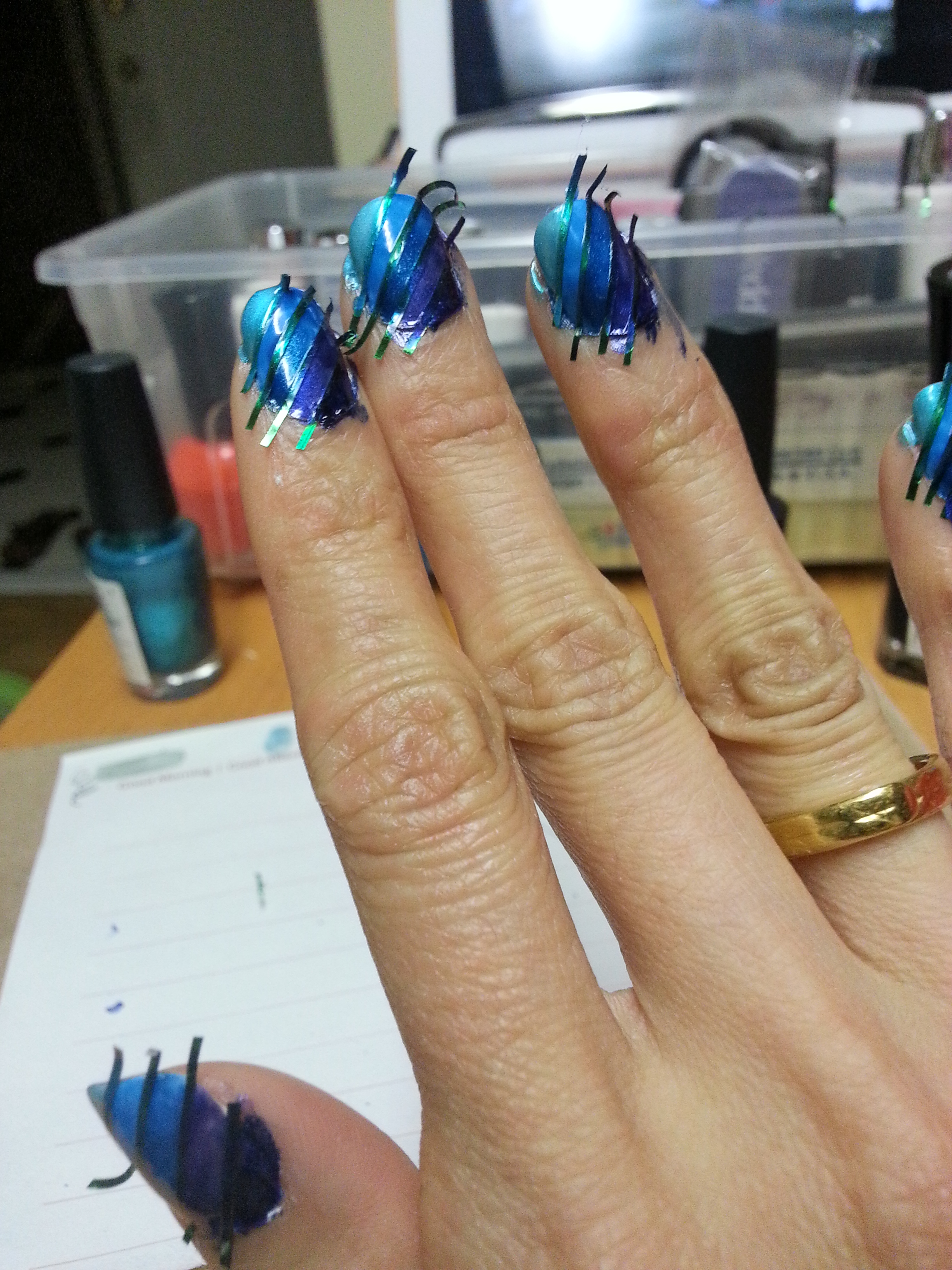 Blue Ombre Nails Tutorial | munkie VS the world